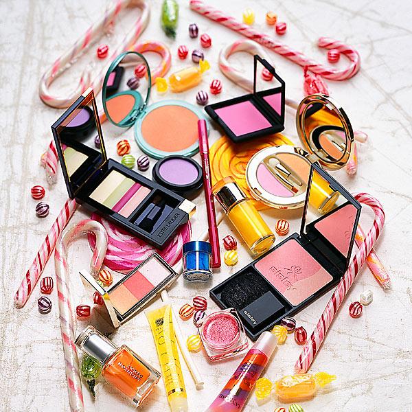 animated makeup wallpaper -#main