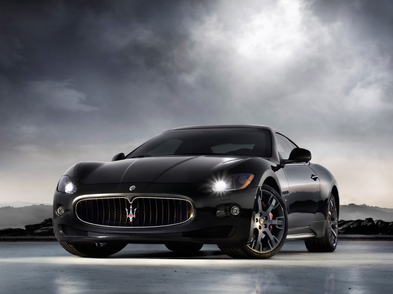 Maserati gran turismo Wallpapers and Backgrounds