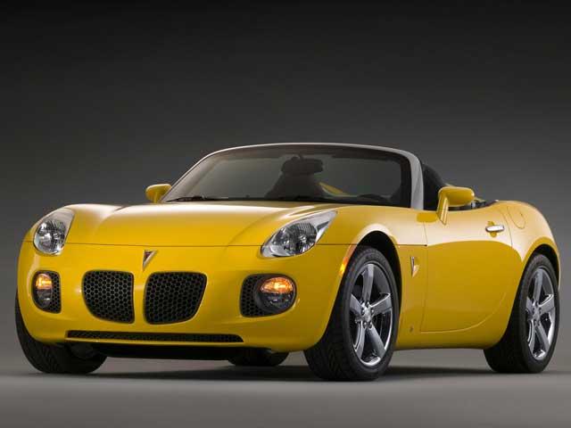 Yellow Pontiac Solstice 2006